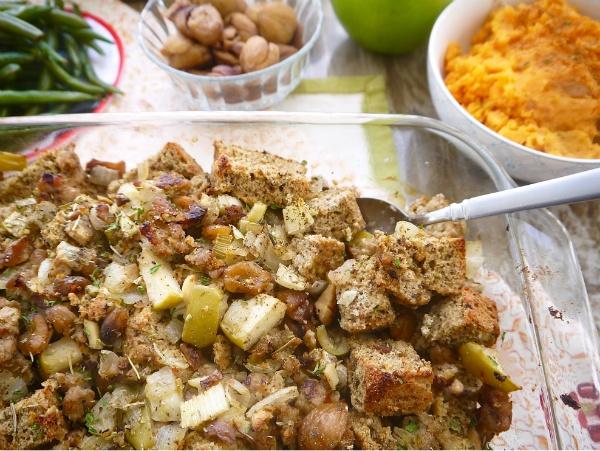 Dominique Fasano's Paleo Sausage, Apple, and Chestnut Stuffing Recipe