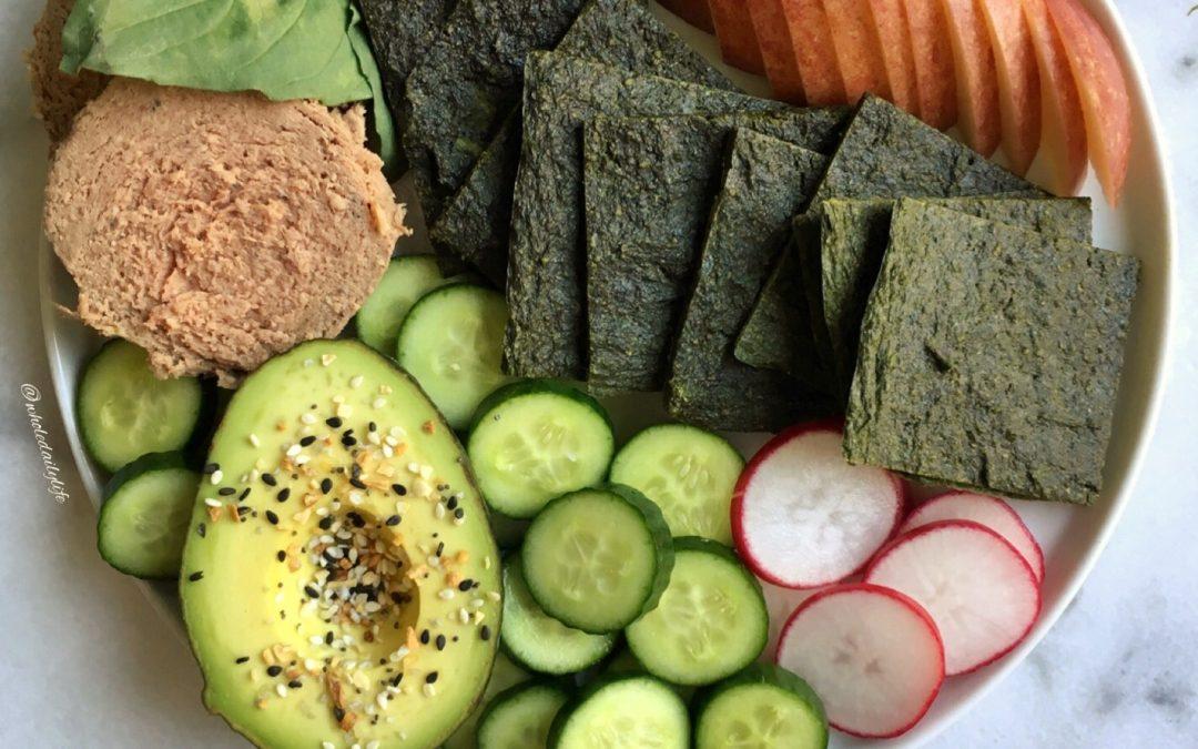 Green Flatbread + US Wellness Meats Beef Braunschweiger