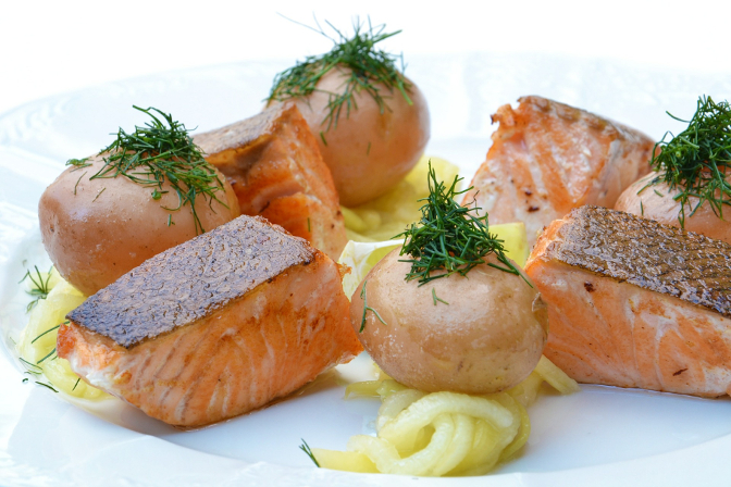 better sleep, lutein, salmon, scallops, fish oil, brain health