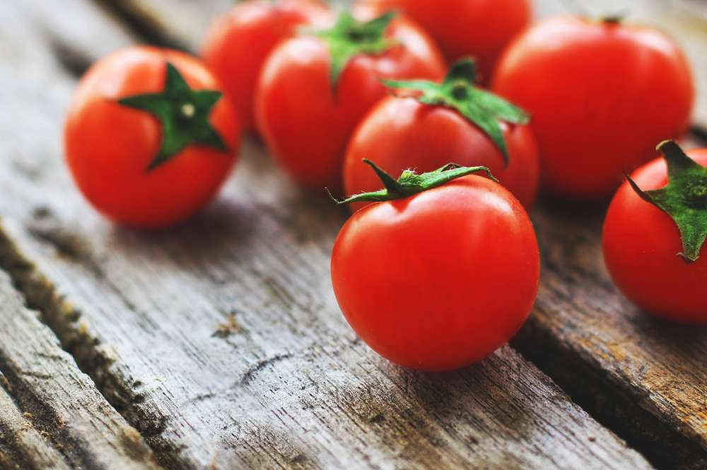 Tomatoes and other nightshade family foods can be links to painful health issues.