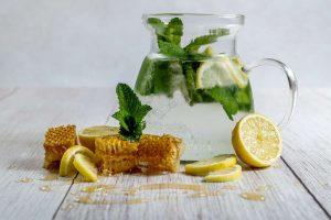 lemon water, summer hack