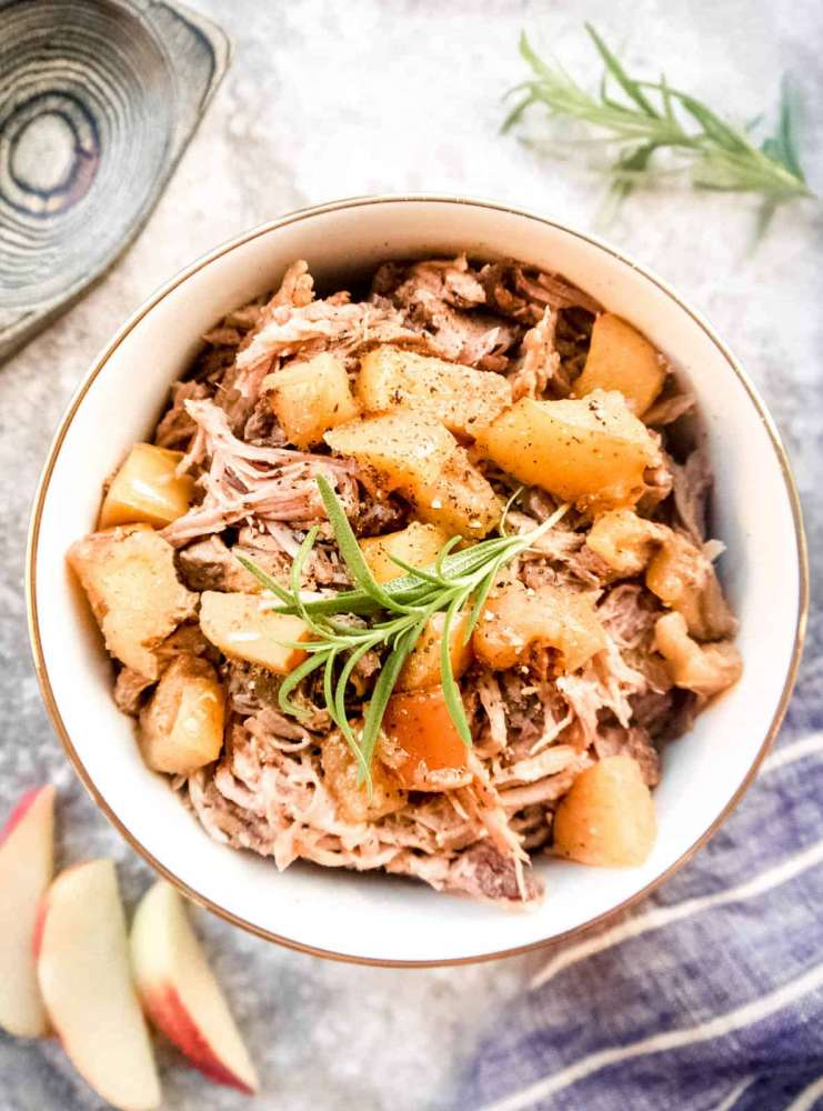 slow cooker pulled pork, apples, paleo