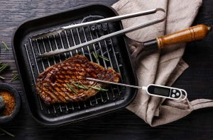 safe cooking meat, pregnancy, red meat, meat thermometer, fully cooked