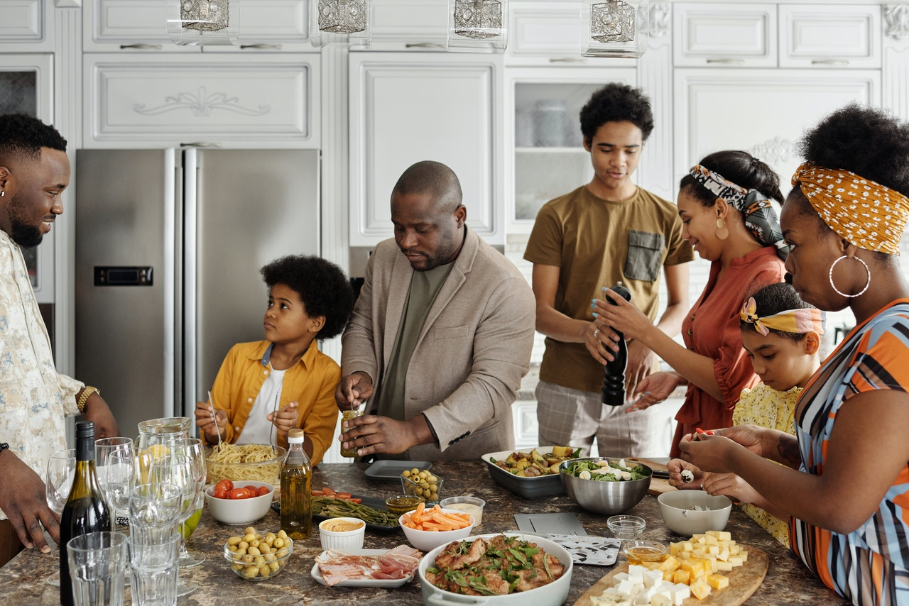 family mealtime, family dinners, family health