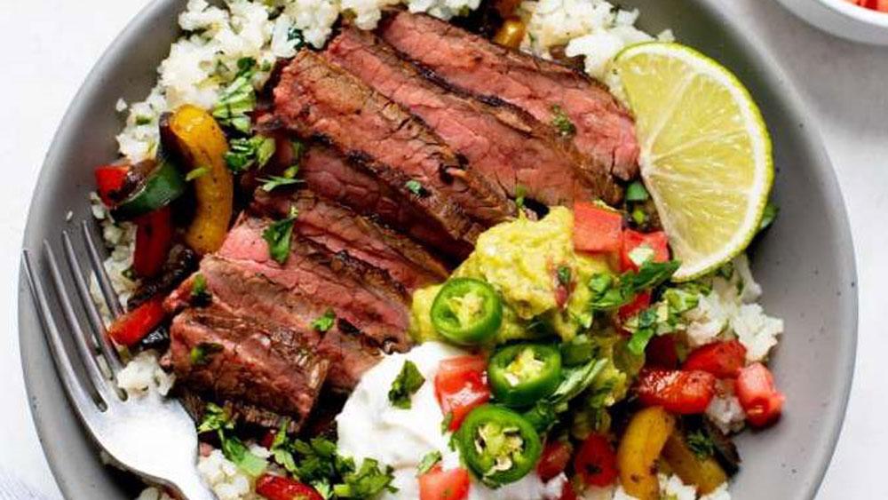Grass-Fed Steak Fajita Bowls With Cilantro-Lime Cauliflower Rice Recipe