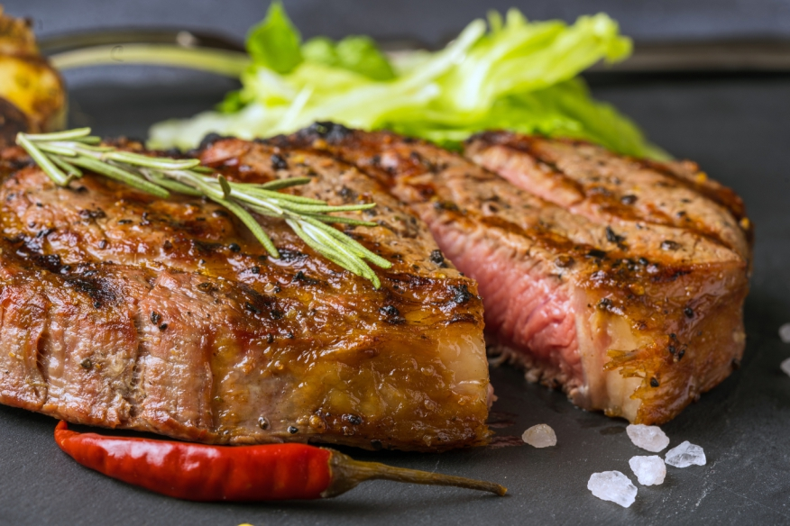 perfectly grilled steak, subscription food service, food delivery service