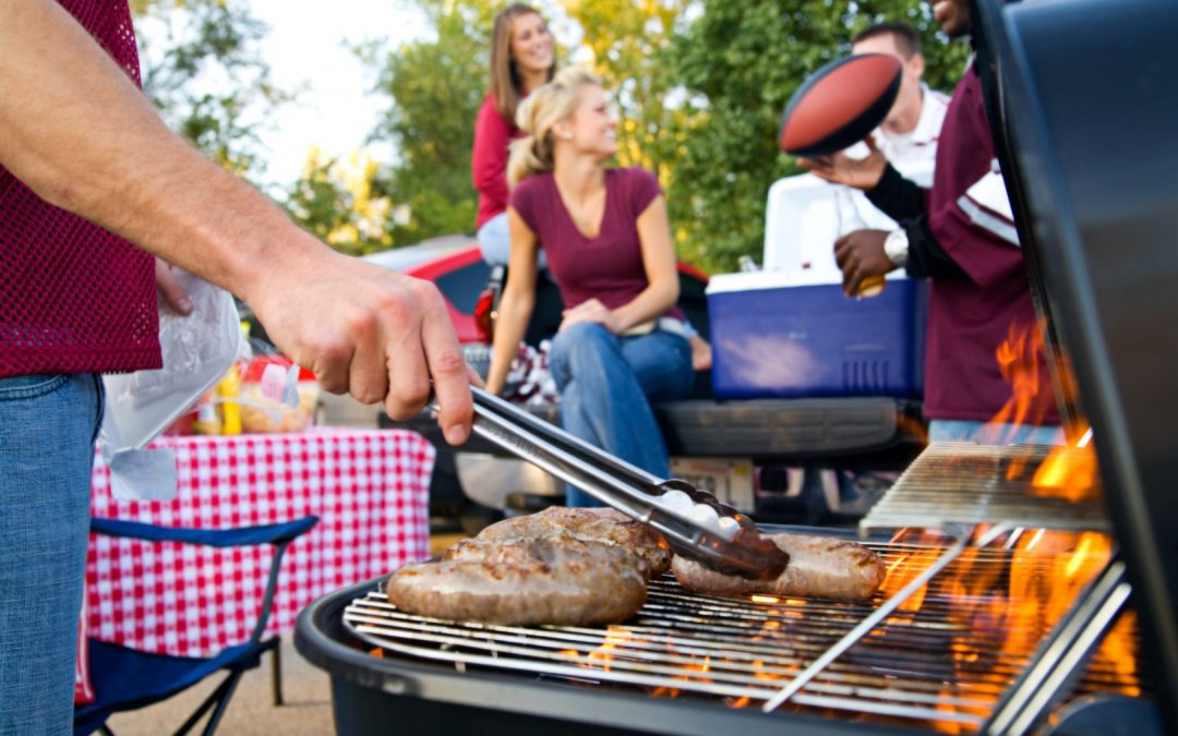 football tailgate, football recipes, game day recipes, burger, hot dogs