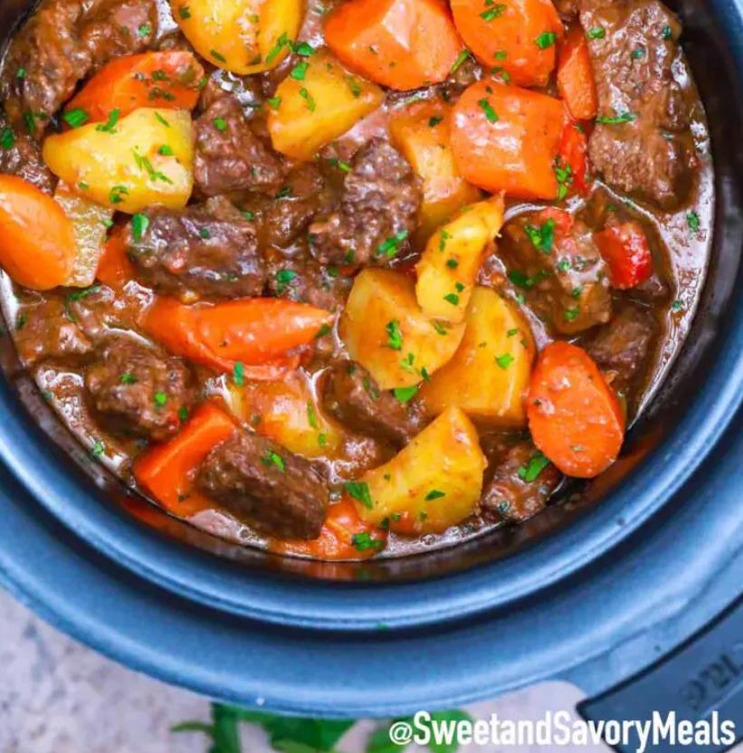 chipotle beef stew, beef stew recipe, Catalina Castravet, grassfed beef